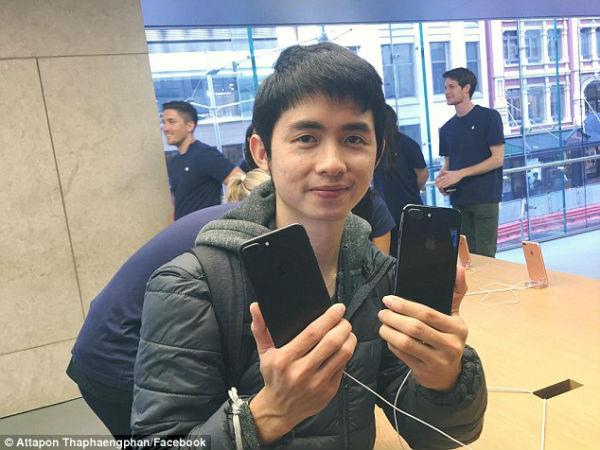 ញាក់សាច់ ហោះពីបាងកក ទៅអូស្ដ្រាលី ដើម្បីទិញ iPhone 7