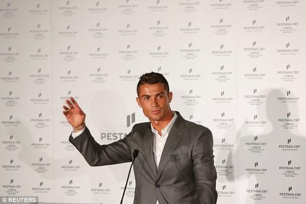 Ronaldo នឹងលេងបាល់ ដល់អាយុ៤០ឆ្នាំ ថ្លែងក្នុងអំឡុងពេល បើកសម្ពោធសាខាសណ្ឋាគារថ្មី